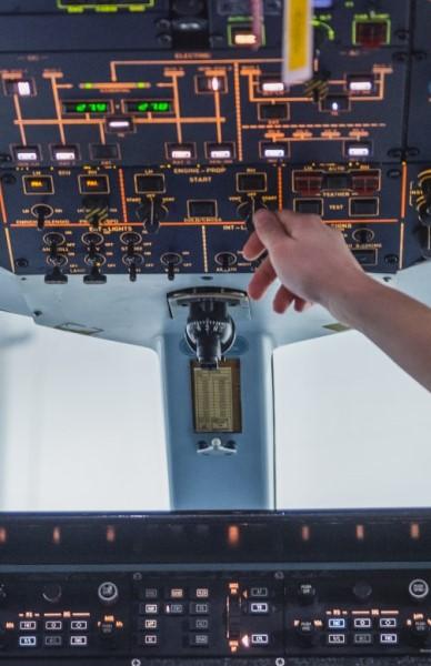 Formations 1 dollar - Systèmes d'aéronefs et avionique
